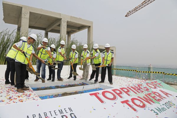 topping off